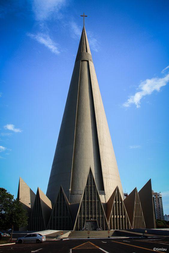 Catedral Maringá, Brasil. La más alta de todo Latinoamérica.