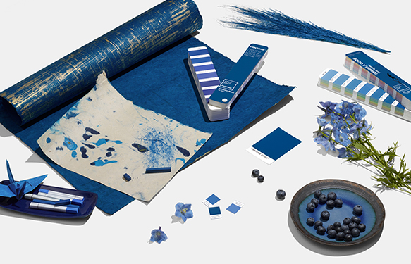 pantone-color-of-the-year-2020-classic-blue-tools-decoración